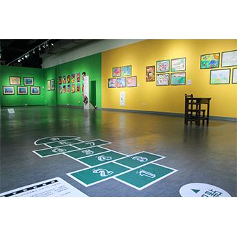 汐止展覽-孩子的創作如遊戲般,能拉近 大眾與藝術的距離