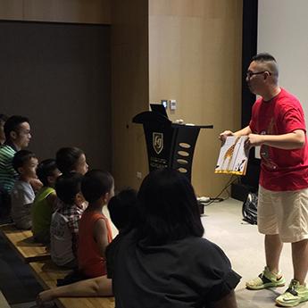 汐止展覽-在故事中穿插肢體動作的樂趣,讓孩子能在趣味中引領出興趣。